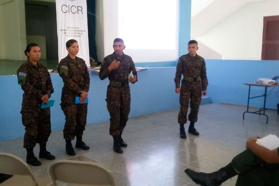 Articulo-0038_III-Concurso-de-Academias-Militares-03