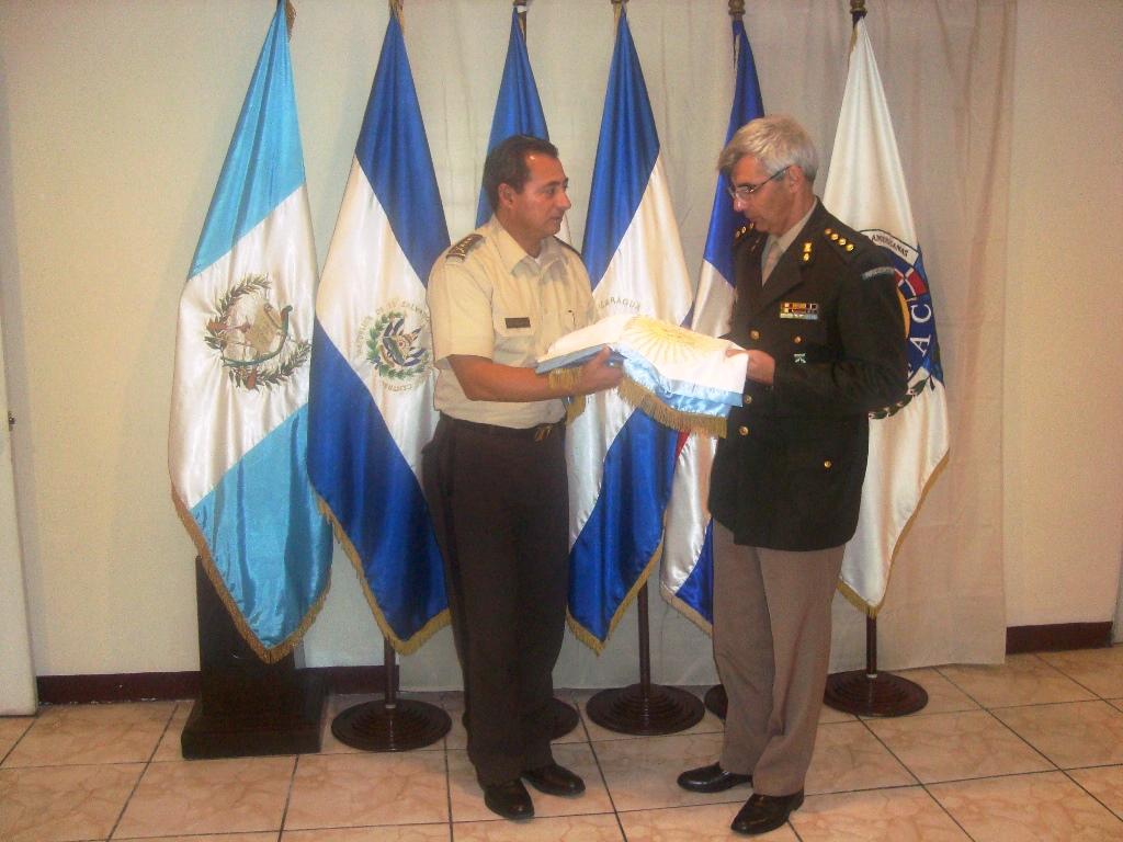 Recepción de Bandera de Argentina
